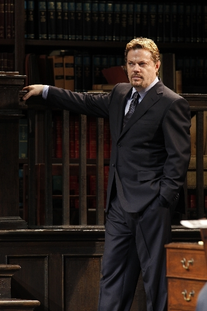 Eddie Izzard/ Race